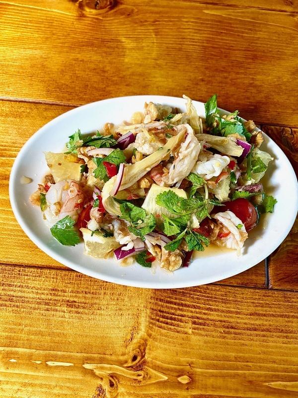 タイ産ポメロ(ザボン)とスルメのサラダ 数量限定   dinnerのみサムネイル